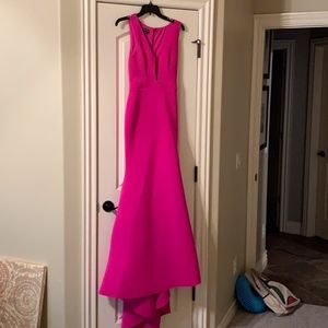 bebe fuscia maxi/prom dress